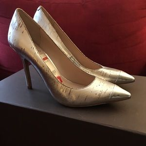 New Vince Camuto heels size 8 1/2